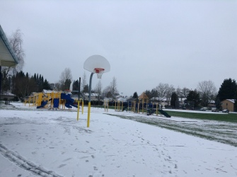 Elementary_School_schoolyard